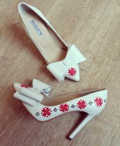 pantofi-motive-traditionale-pantofi-pictati-manual (2)