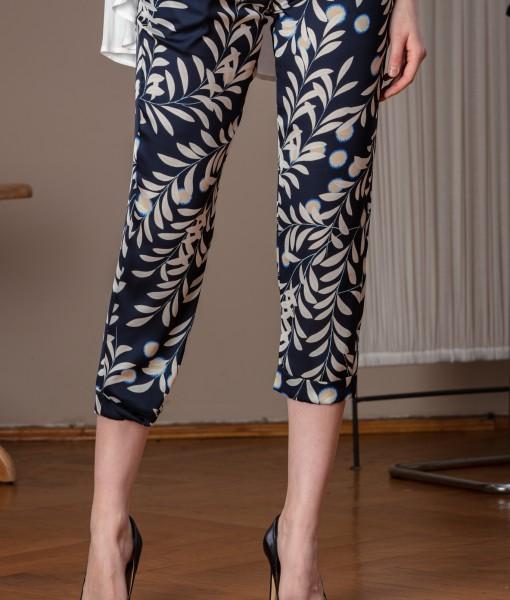 Pantalon vaporos din vascoza imprimata (1)