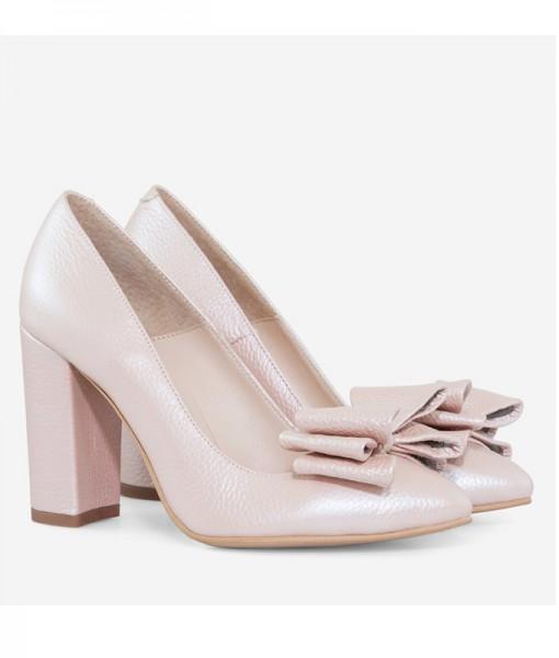 pantofi betsy