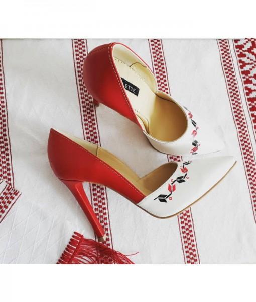 pantofi-cu-motive-traditionale-pictati-manual-pantofi-pe-comanda (1)