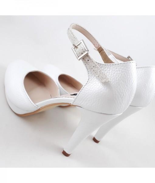 pantofi-de-mireasa-cu-baretuta-alb-sidefat-cu-glitter-perlat (1)