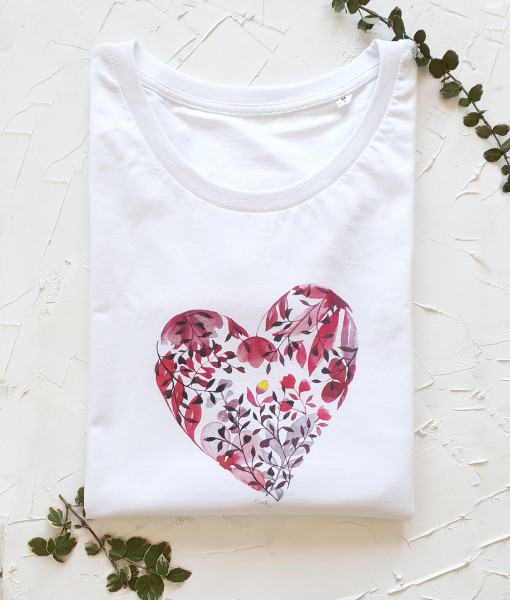 Povestea-inimii-rosu-tricou-inima