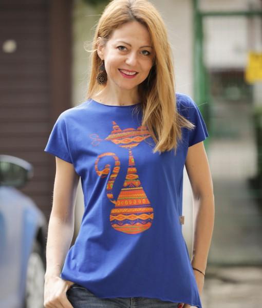tricou-albastru-electric-despicat-pe-lateral-cu-pisica-etnica- (2)