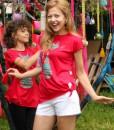tricou-rosu-despicat-pe-lateral-cu-pisica-etnica (6)