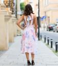 Rochie cu spatele gol, Alisia