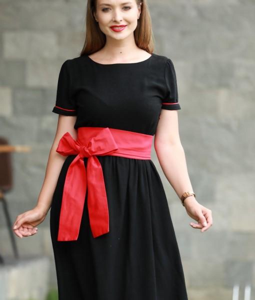 rochie-din-bumbac-negru-cu-cordon-rosu-si-buzunare (2)