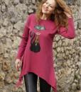 bluza-roz-zmeuriu-in-colturi-imprimeu-pisica-neagra (1)