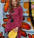 bluza-roz-zmeuriu-in-colturi-imprimeu-pisica-neagra (2)